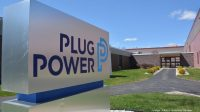 Amazon Weighs $600M Deal for 23% Stake in Plug Power